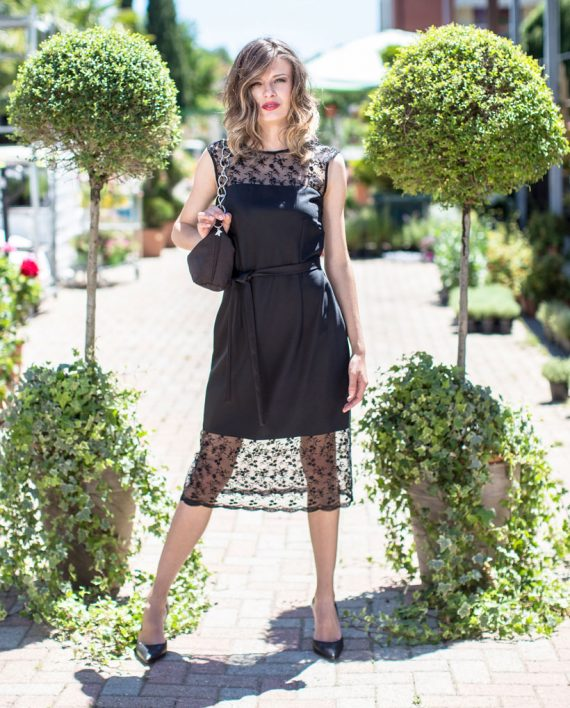 Black-lace-dress_MG_8160